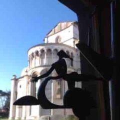 Lucca in vespa